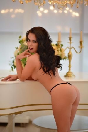 Nicka Escort in Athens
