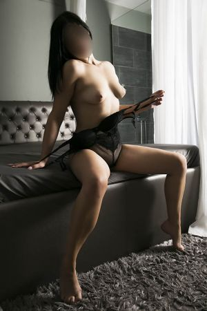 Tina Escort in Athens